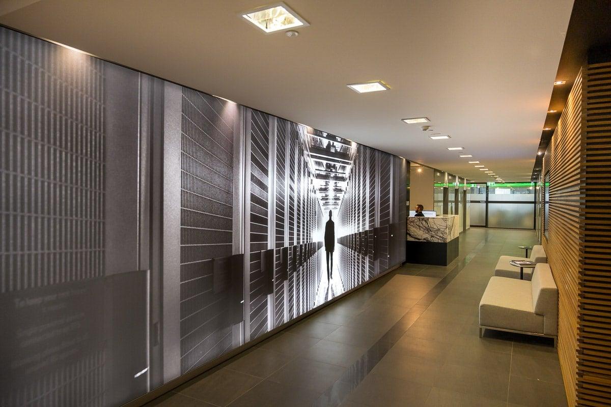 9m wide lightbox in foyer