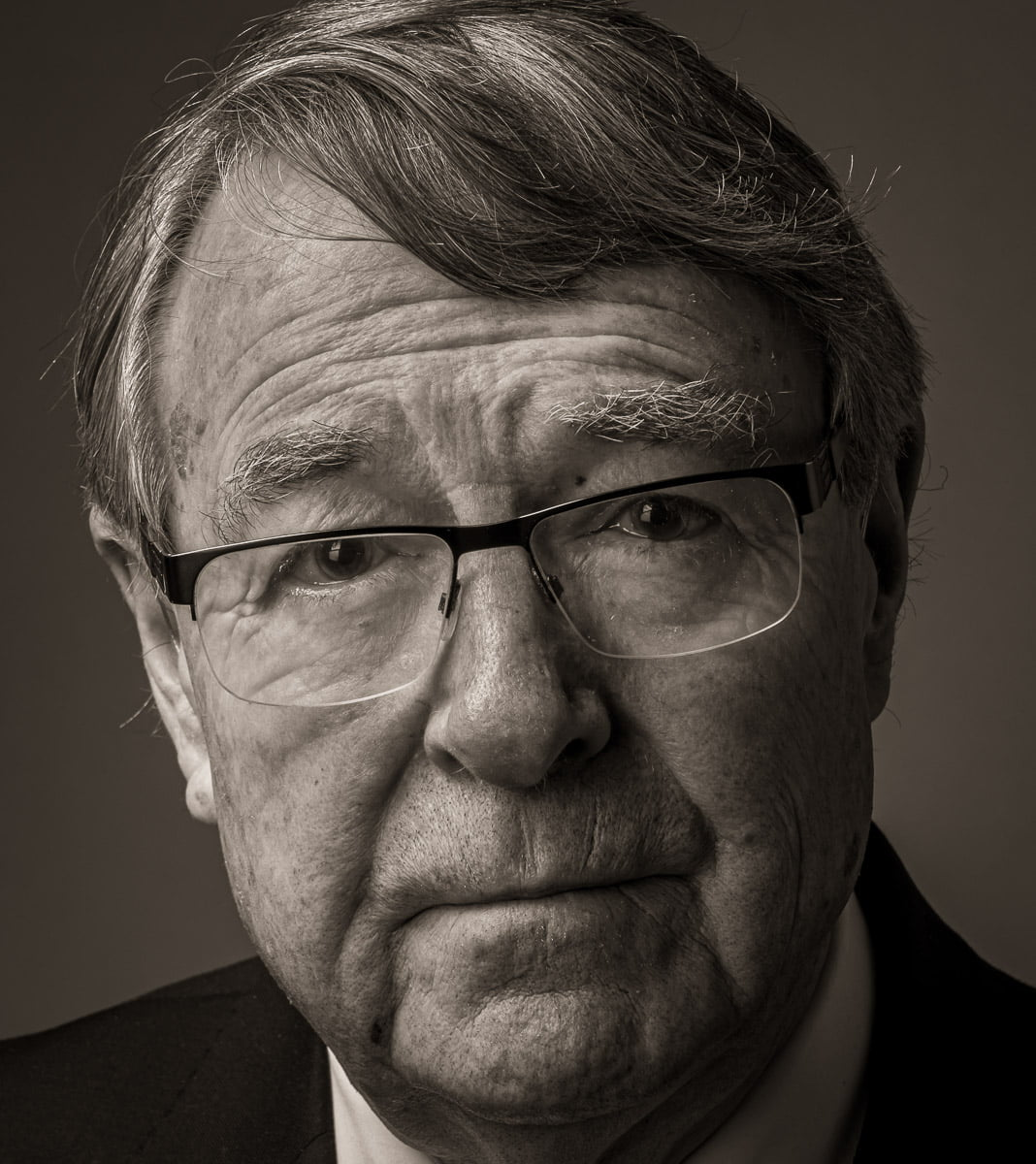 The Hon Stephen Charles AO QC Former judge of the Victorian Court of Appeal