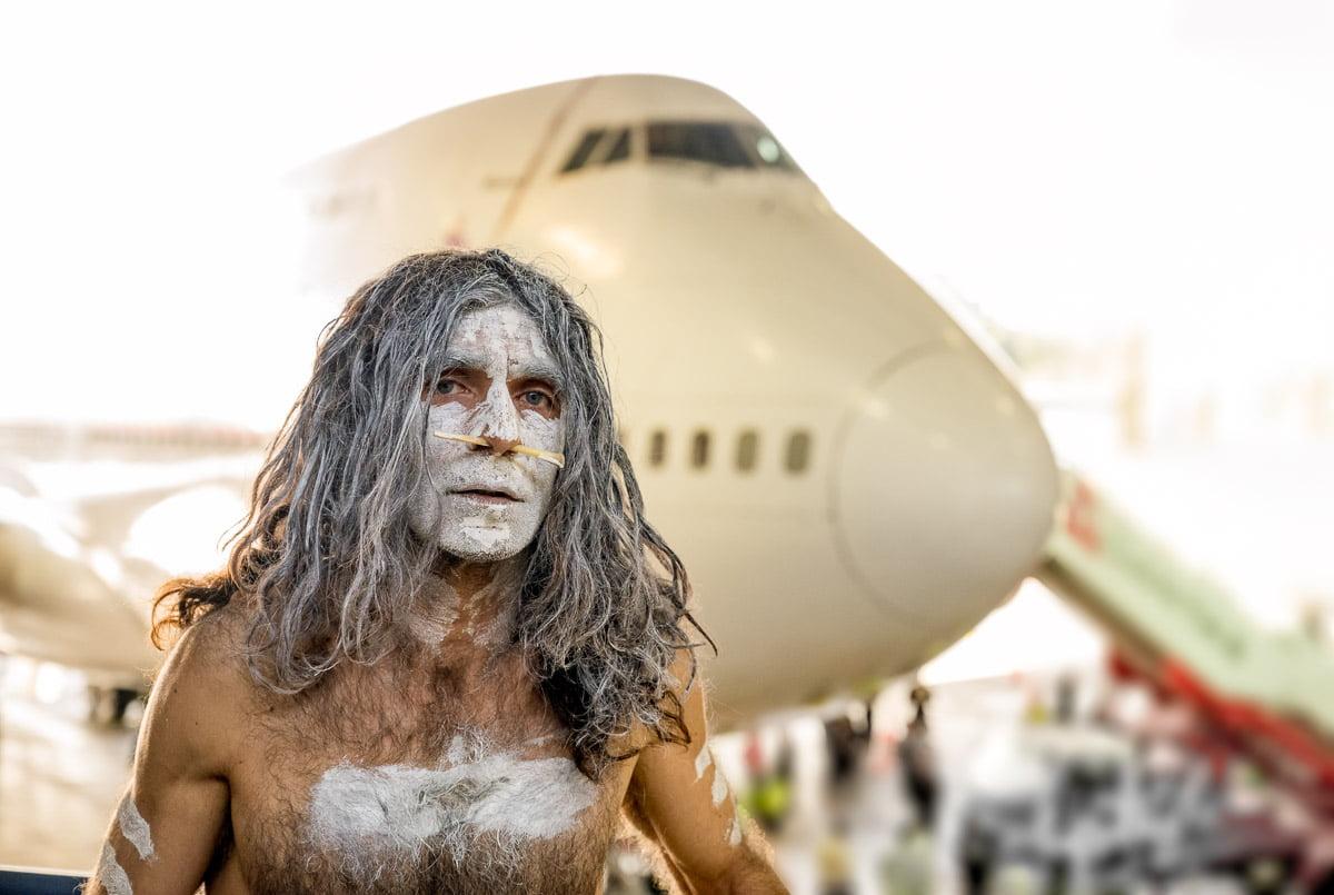 Aboriginal performance during Qantas farewelling jumbo 747 at Mascot